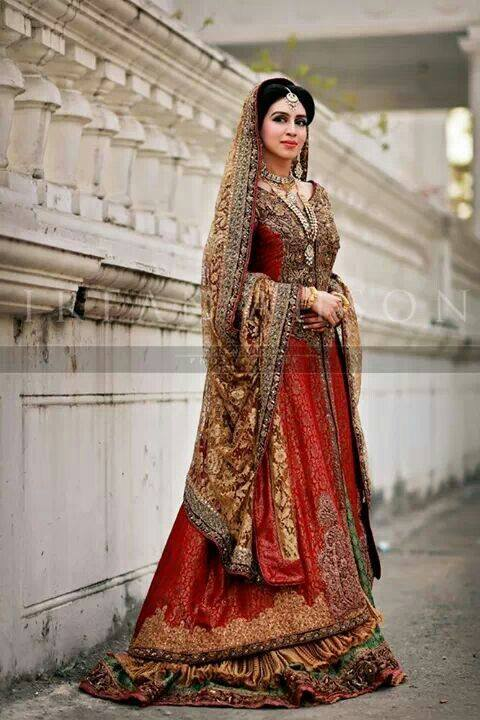Beautiful Pakistani Bridal Wedding Dresses For Women