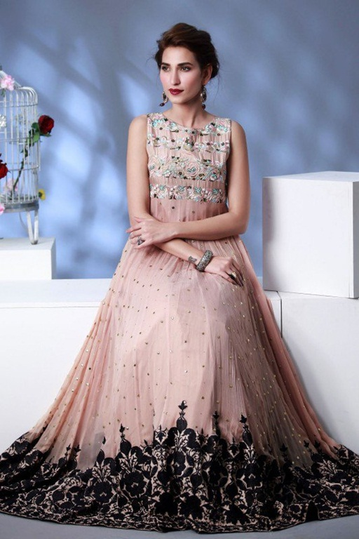 Latest Pakistani Bridal Dresses For Girls and Women