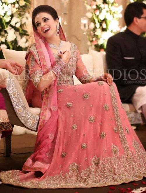 Long Pakistani Bridal Dresses For Walima Reception