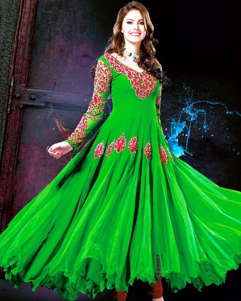 New Pakistani Dresses Designs for Girls 2017