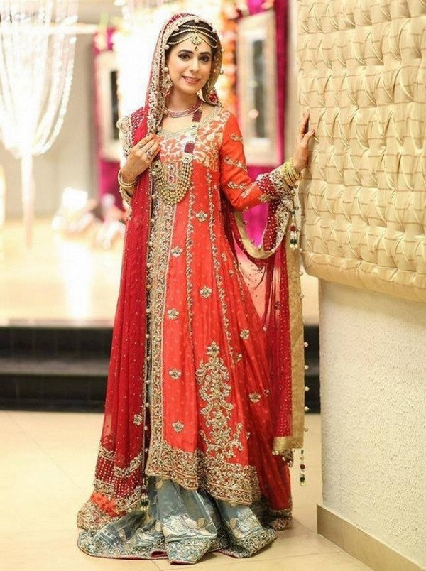 New and Stylish Pakistani Wedding Dress for Women