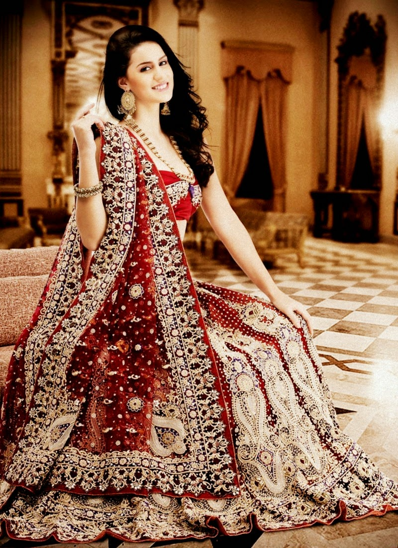 Pakistani & Indian Fashion Wedding Gowns Designs Collection 2017
