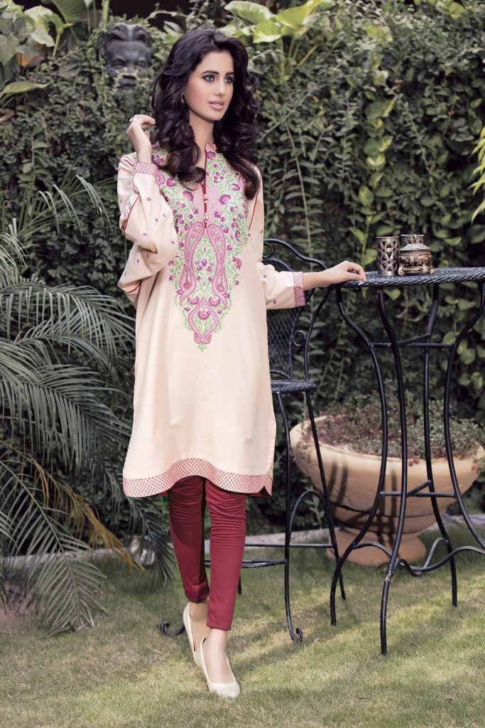 HUES of Winter by Kayseria Linen Collection 2017-18 for Women