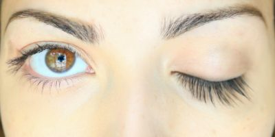 Home Remedies To Grow Thicker and Longer Eyelashes