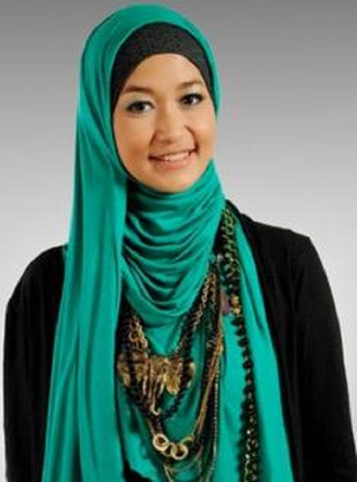 Latest Hijab Collection For Beautiful Girls
