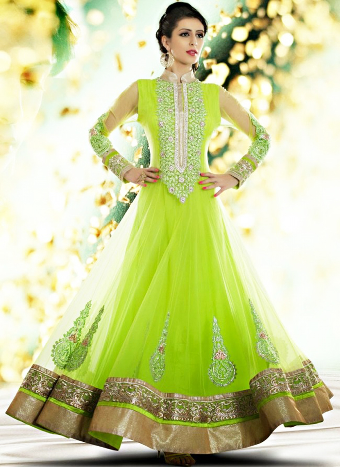 Latest Wedding Bridal Mehndi Dresses Designs Collection For Girls