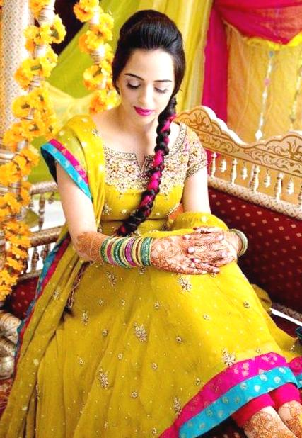 New Mehndi Dress Designs For Pakistan and India