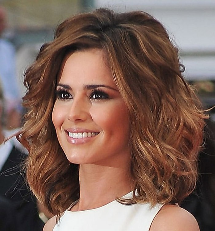 2017 Medium Length Hairstyles for Thick Hair