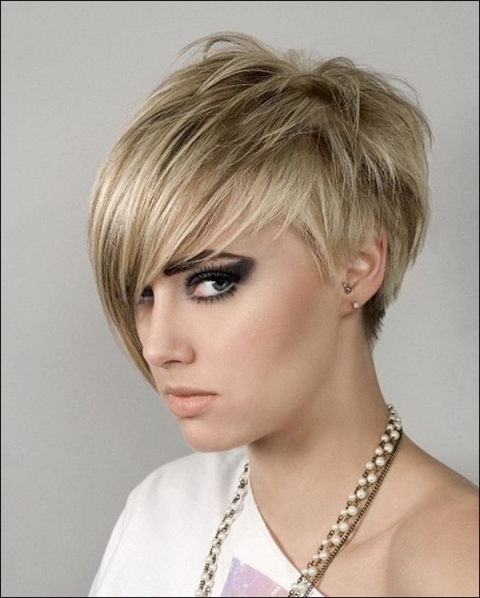 Quick Short Natural Hairstyles Ideas Best for Working Ladies