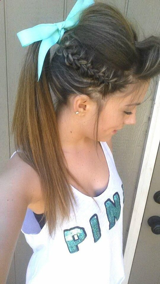 The Cheerleader Ponytail Hairstyle for Long Hairs