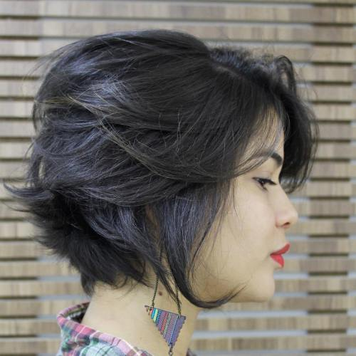 Cute Looks with Short Hairstyles for Round Faces