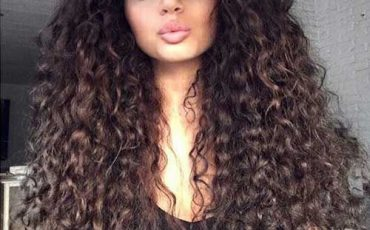 The Best Hairstyles For Long Curly Hair