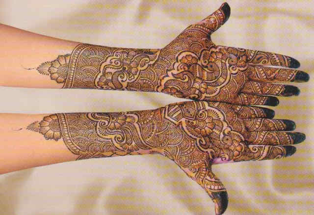Heena Mehndi Designs For Hands