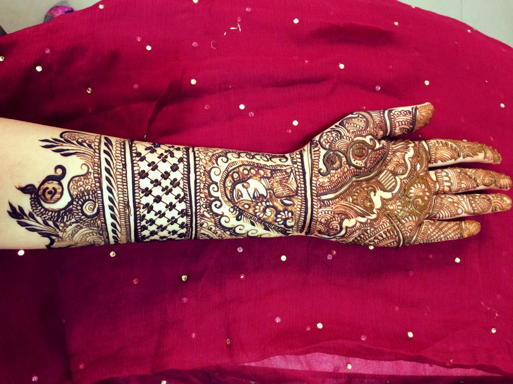 Outstanding Bridal Mehendi Designs For Your Wedding Day