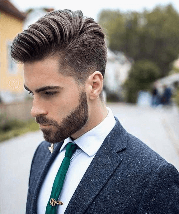 20 Best Short Hairstyles for Thick Hair 2019 - Fashion Getup