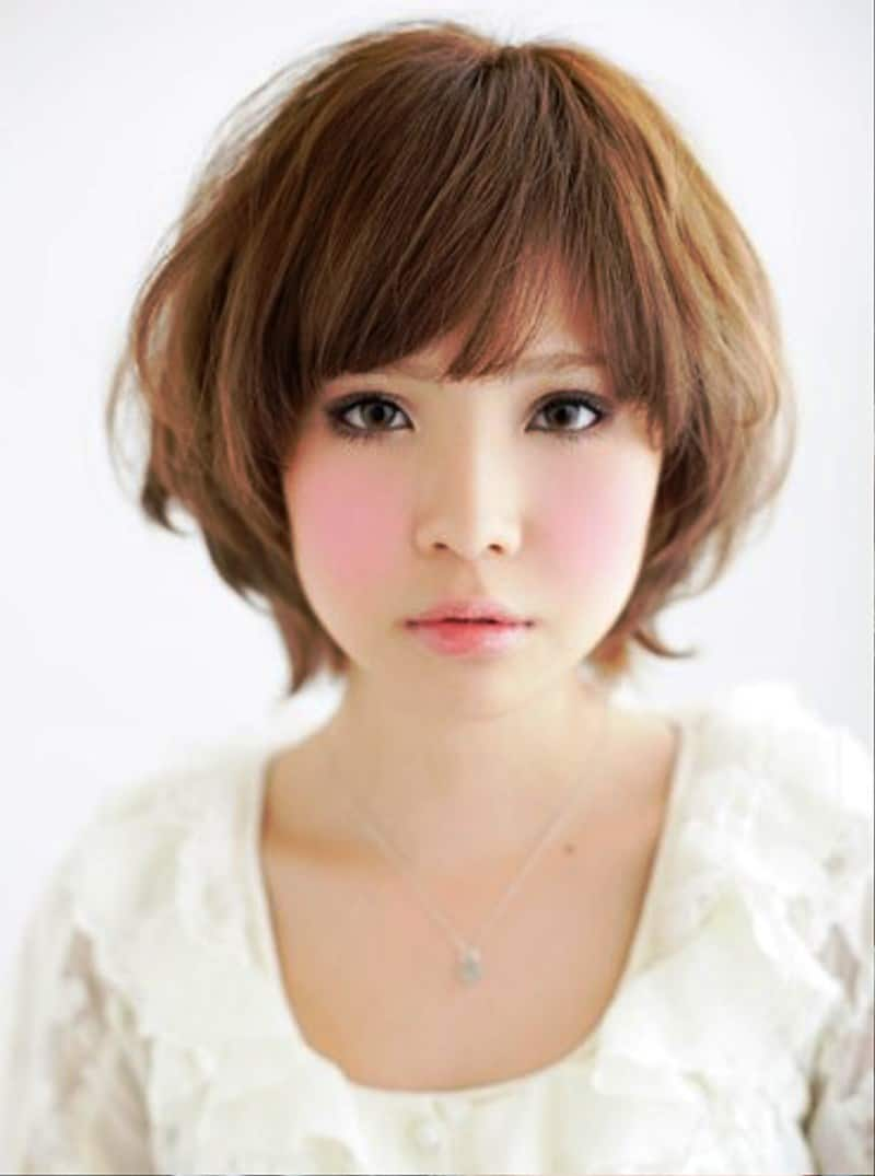 Hairstyle for a Round Face
